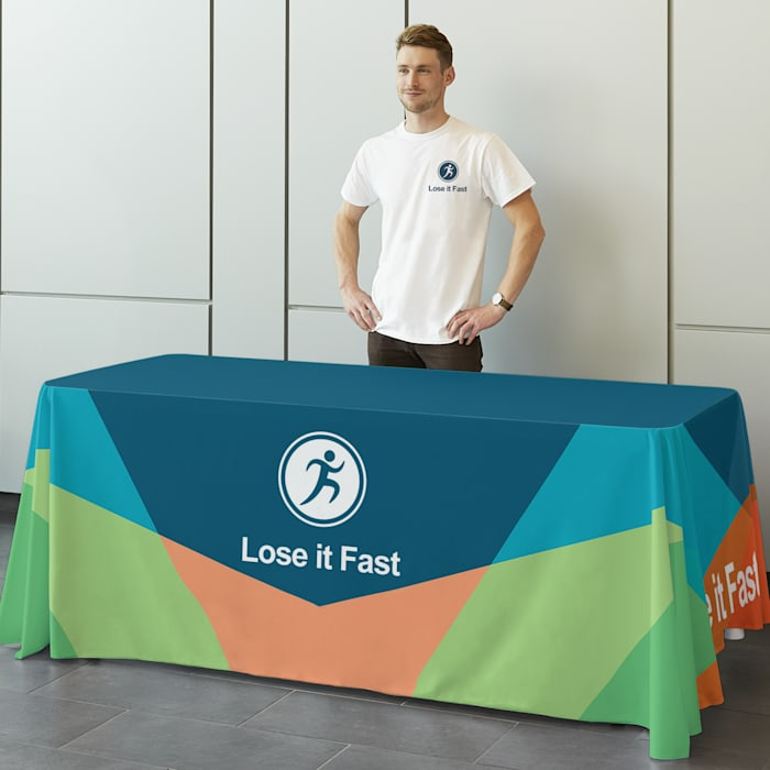 Custom table covers with logo