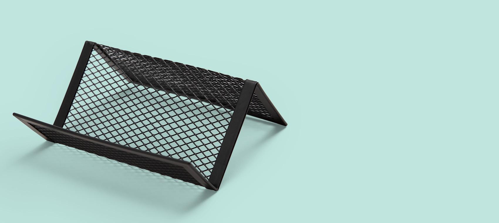 Metal mesh holder