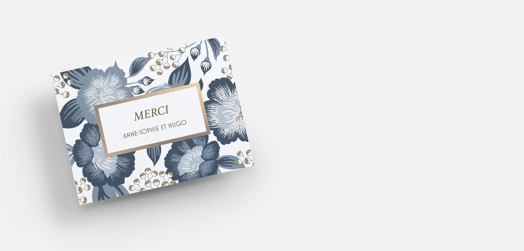 carte de remerciement personnalisée avec des fleurs bleues