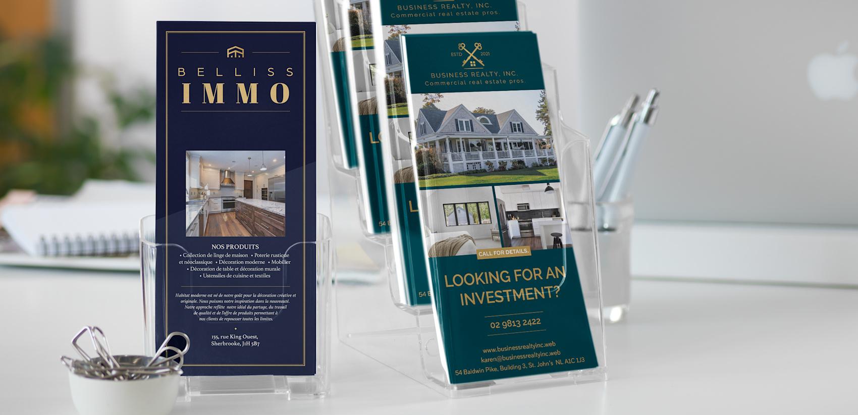 cartons d'information bleu foncé pour l'immobilier