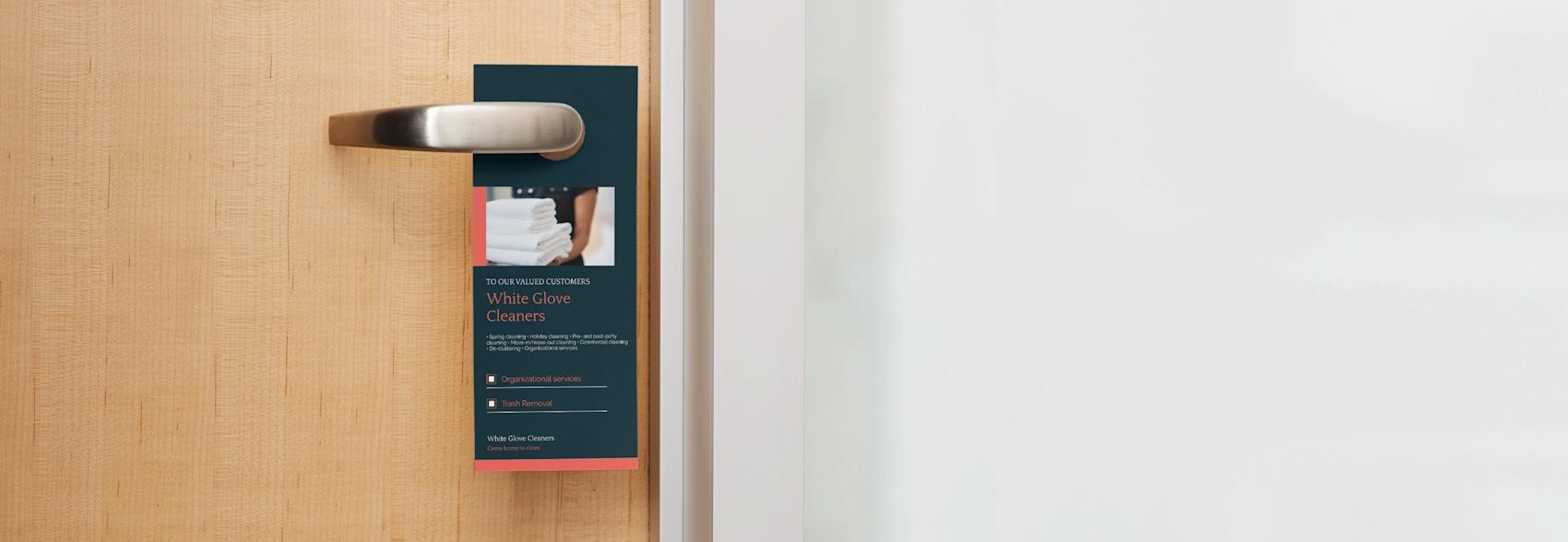 affichettes de porte bleues pour hôtel